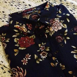 🌹Boohoo Long Sleeve Floral Tunic🌹
